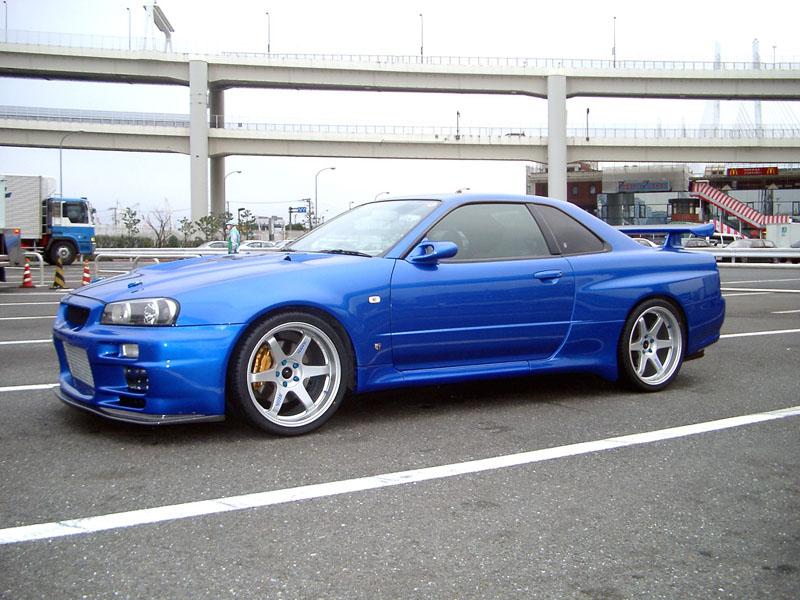 But I'm a big Skyline fan. Nissan Skyline R34 & R35 GTR
